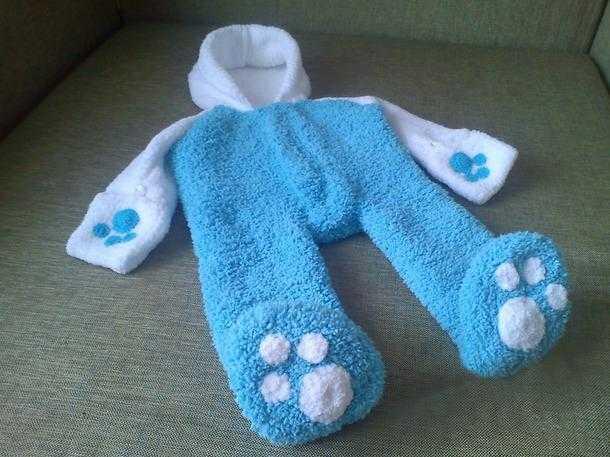 Комбинезон спицами для новорожденного. Описание и схемы