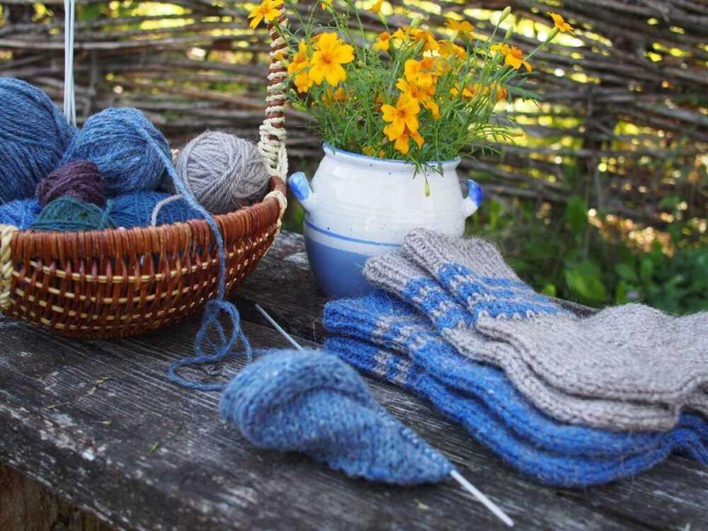Осенью носочки сами собой меняют мои вязальные планы!