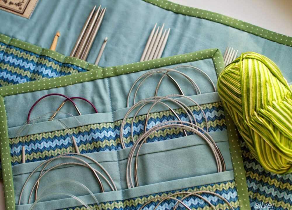 Органайзер для спиц, крючков и лесок для вязания. Источник фото http://silver-world-dp-ua.blogspot.com/2014/04/blog-post_22.html?m=1