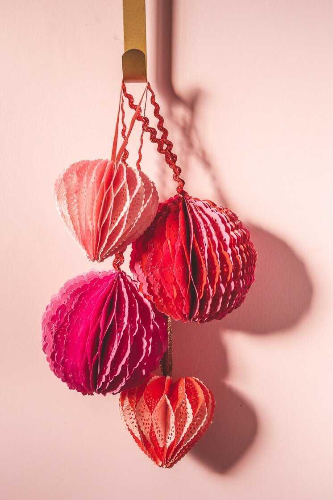 Сердечки-соты из салфеток