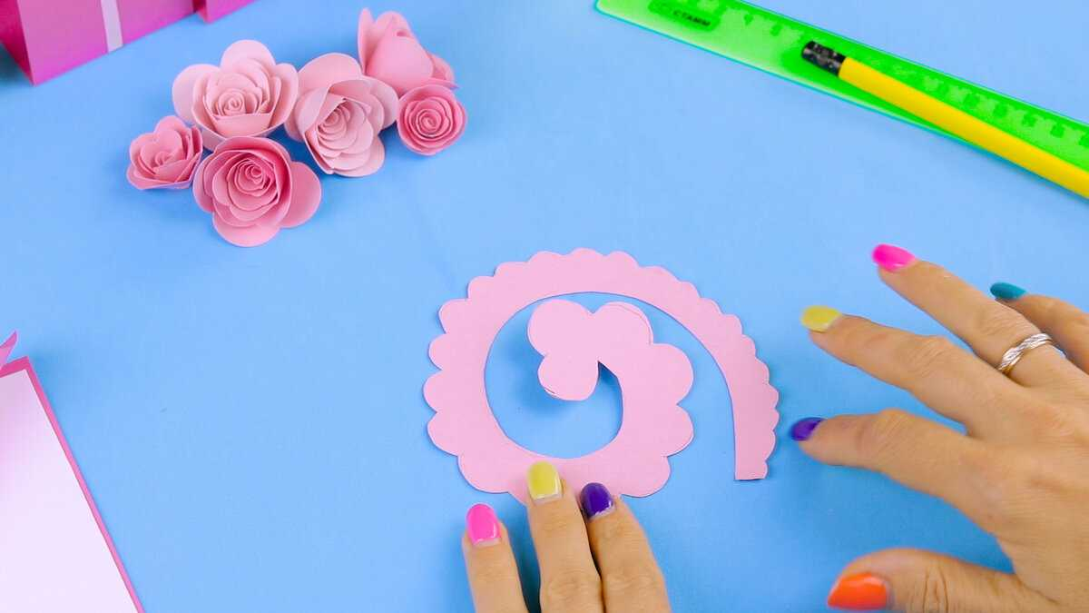 Как сделать открытку подарок на День Рождения своими руками | Открытка из бумаги