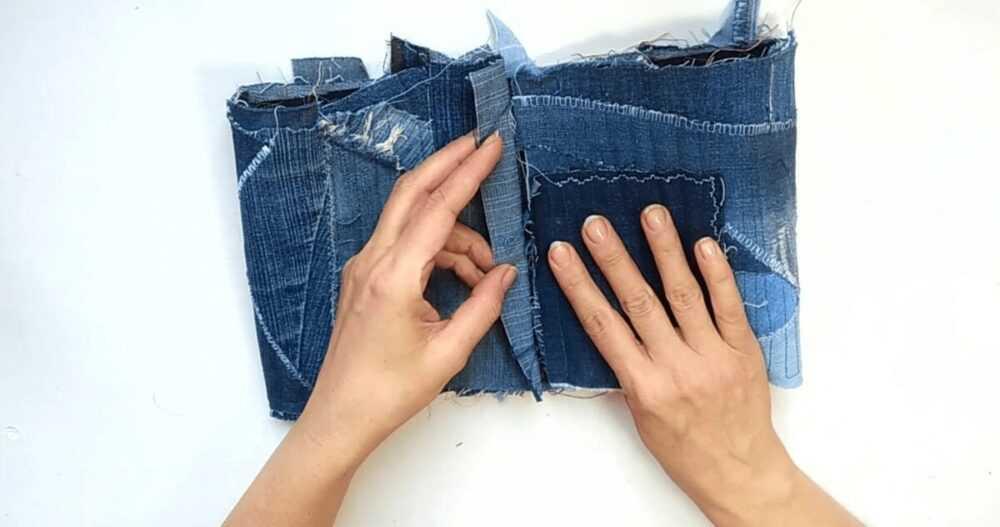 Утилизирую джинсовые обрезки. Шью корзину для мелочей.